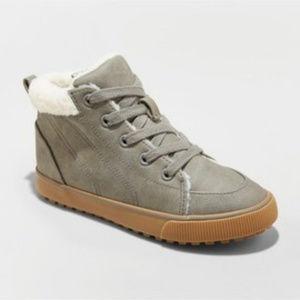 Barnett Sherpa Lined Sneakers - Cat & Jack 13 !